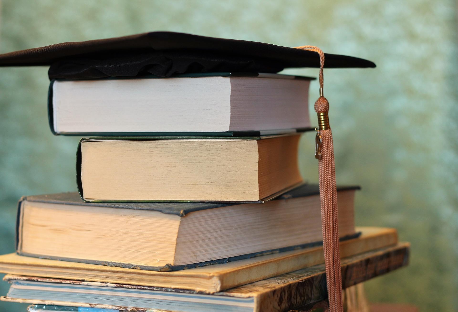 Absolwent na rynku pracy - magister, czy licencjat?